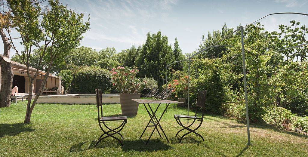 To soak up the sunshine in these tranquil surrounds