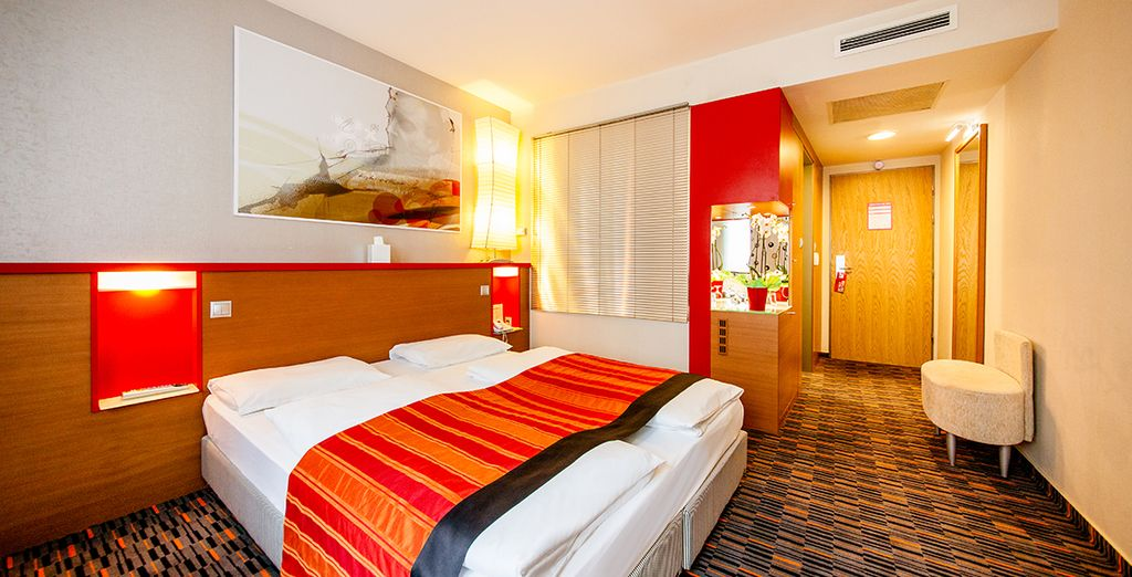 Leave your luggage in a Superior room, spacious and comfortable