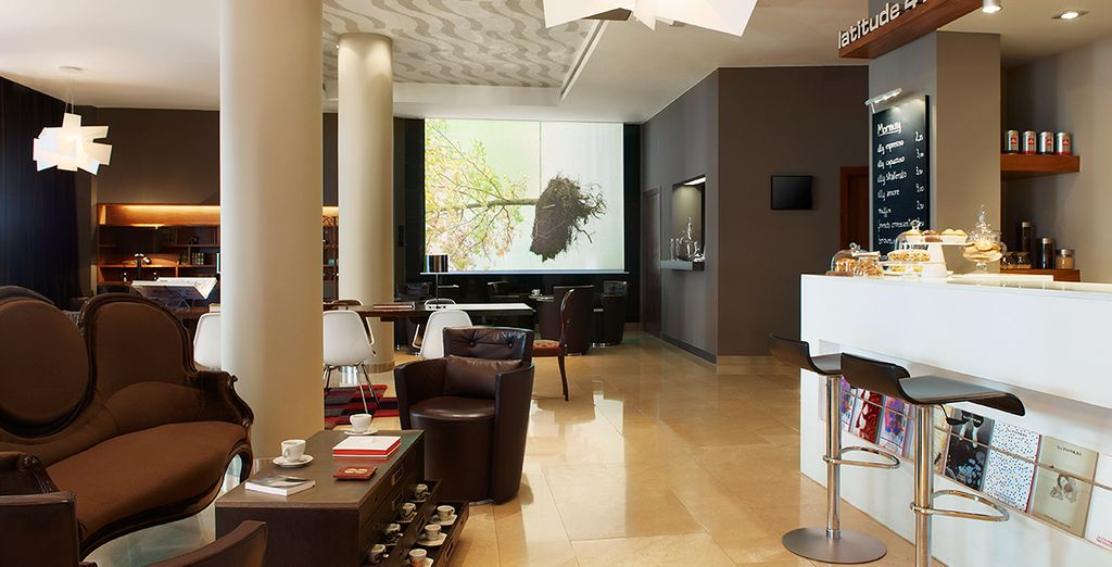 Return to the relaxing hotel after sightseeing