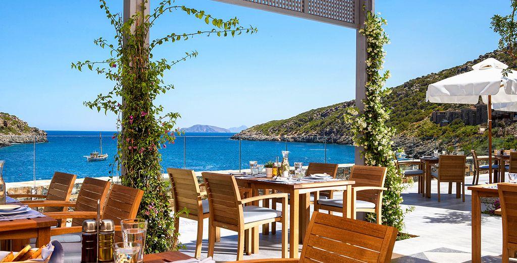 Wake up to breakfast at the Taverna Restaurant