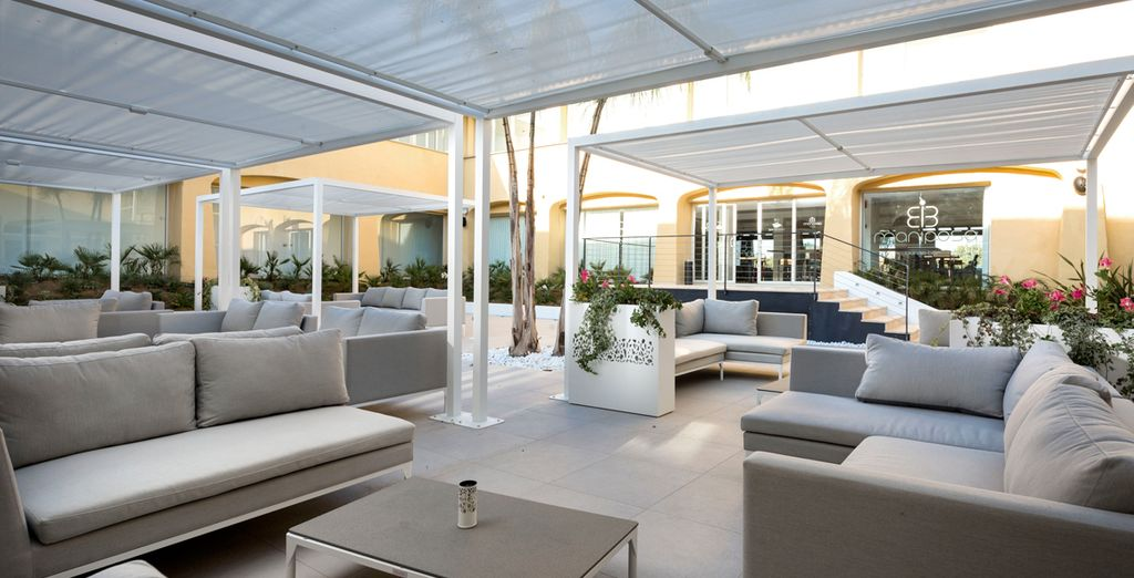 Enjoy al fresco living in the warmer months