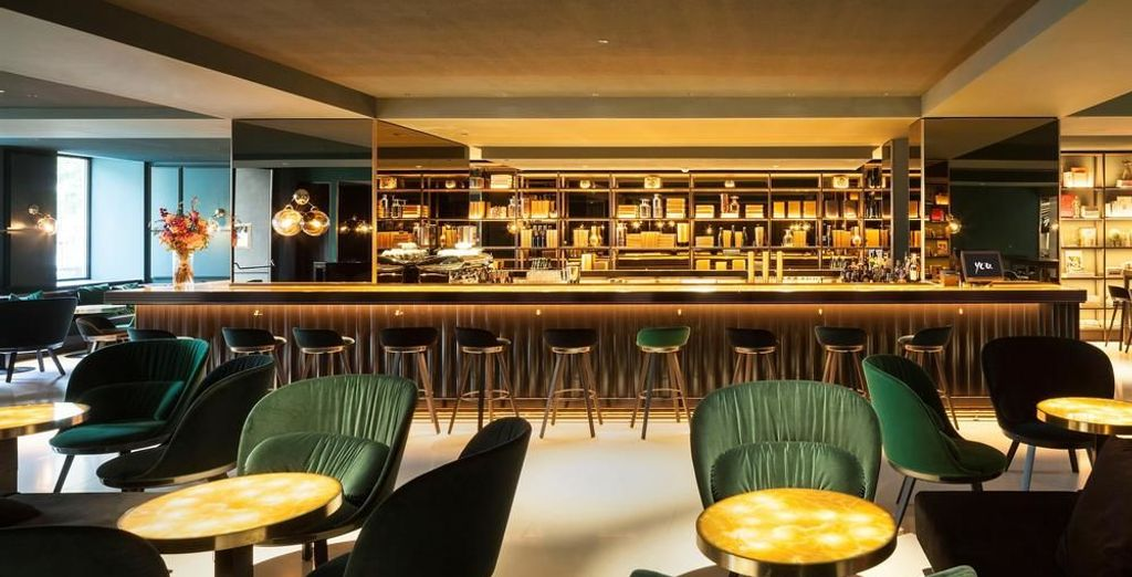 End your day at  the hotel's Le Moët Champagne Bar