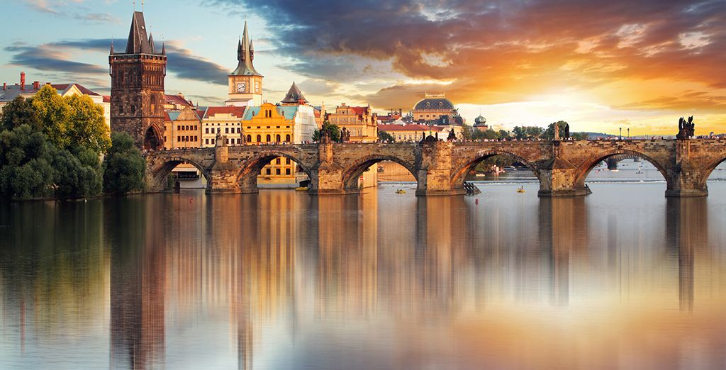 A stroll by the river offers the perfect way to see the city - Hotel Klarov 4* Prague