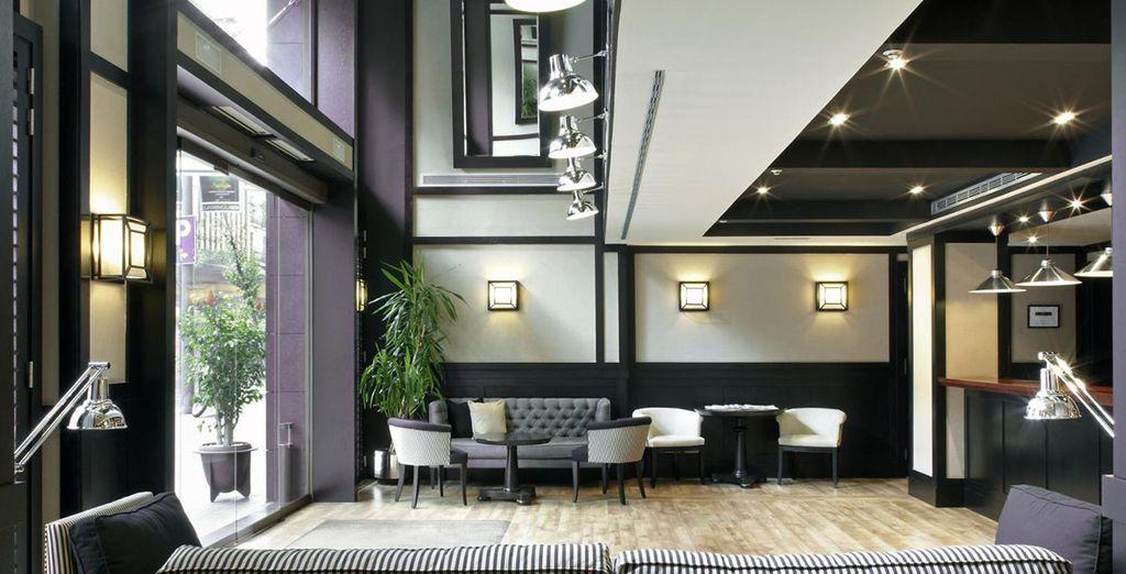 Enjoy chic, modern design - Europark Hotel 3* Barcelona