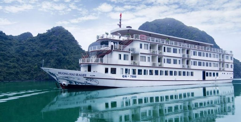 Jump aboard for the Huong Hai Sealife Cruise