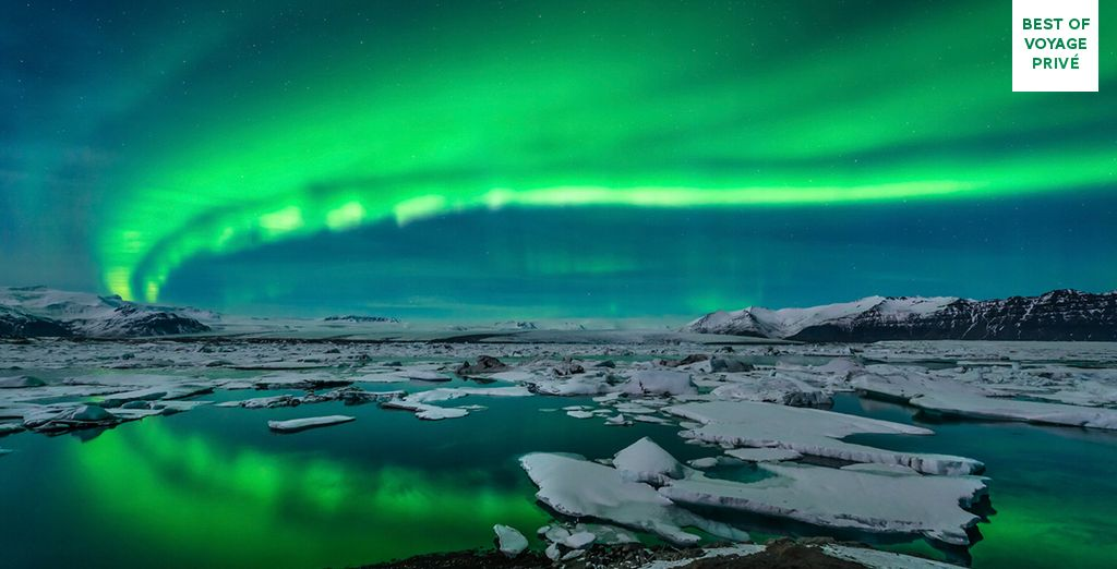 Hunt the Northern Lights by boat... - Adventurous Iceland Tour 3* Reykjavik