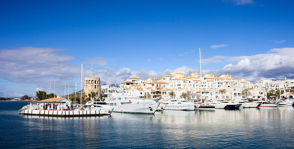 Near the gorgeous Puerto Banús marina
