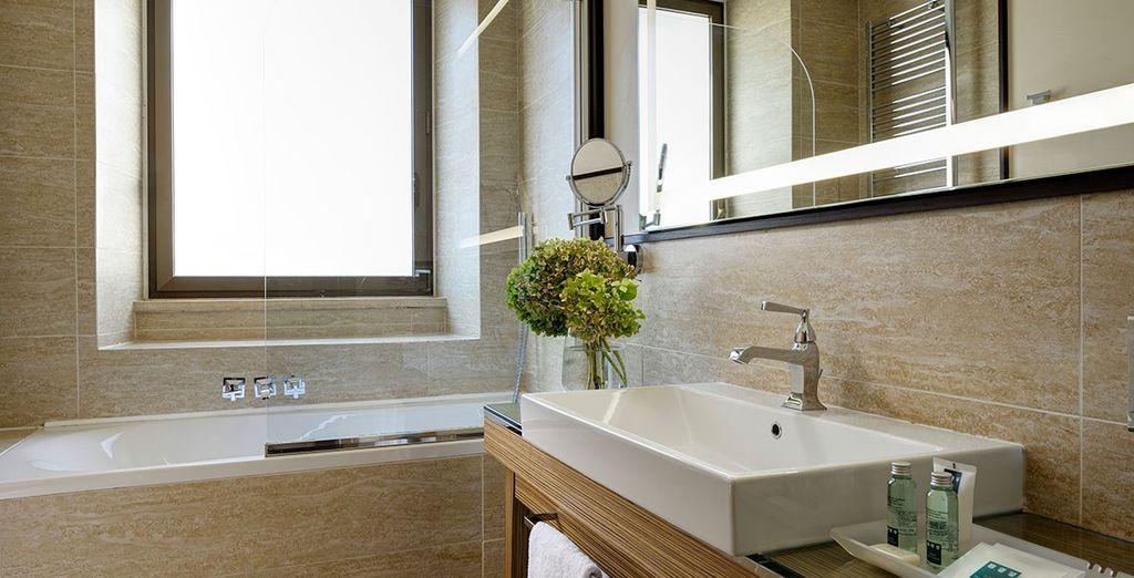 Complete with sleek, modern bathroom