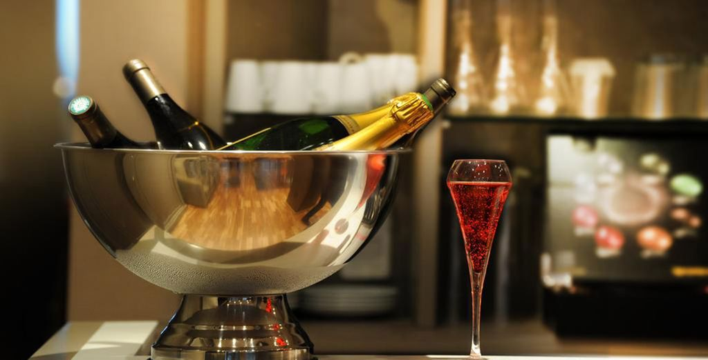 Celebrate your arrival in Paris!
