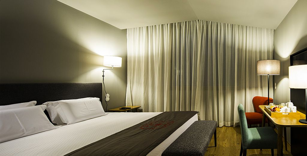 You will stay in a Comfort Room with Spa Access, refined, elegant and modern.