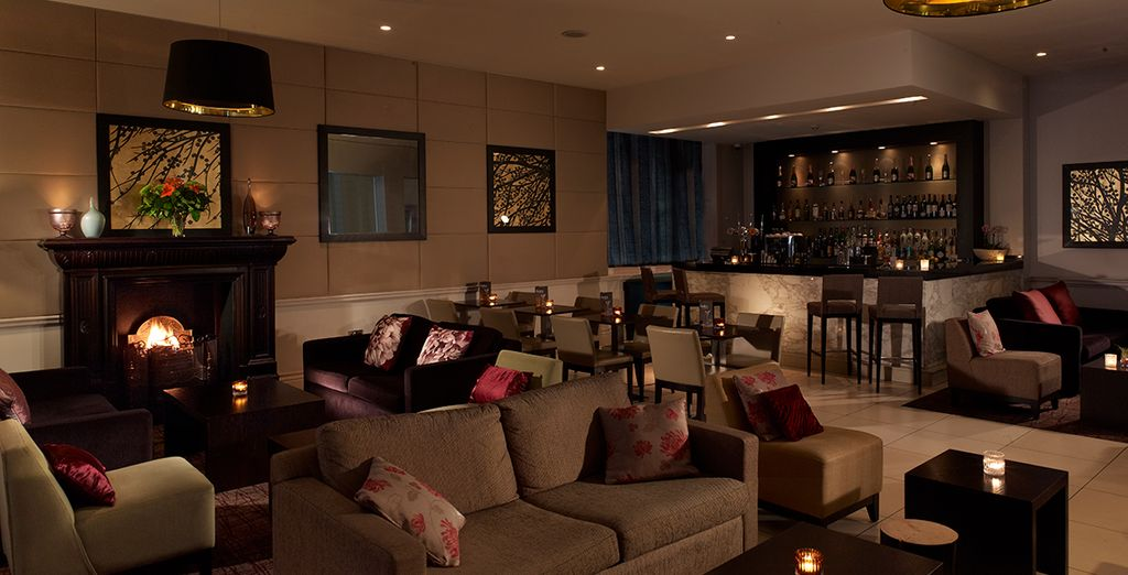 With warm and furnishings and sophisticated decor