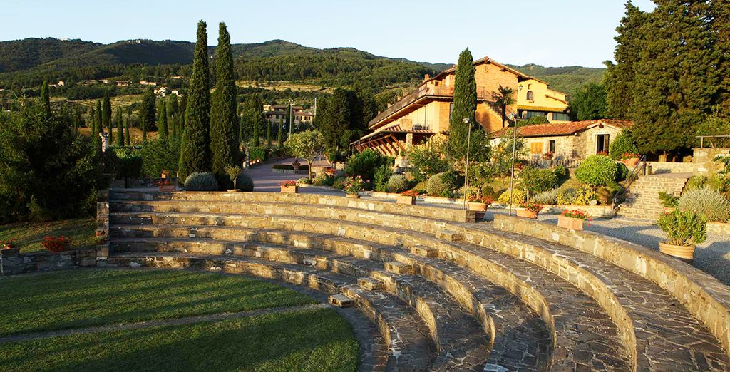 Set on a hill, giving way to beautiful panoramas of the Tuscan countryside