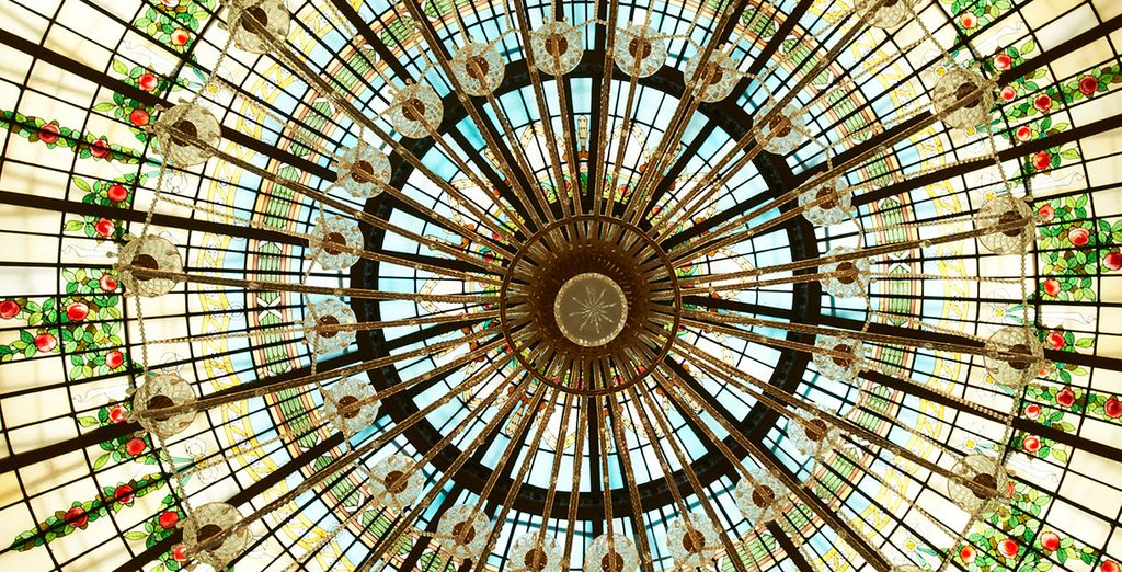 Look up at the magnificent dome above which inspired Ernest Hemingway