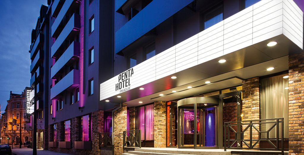 Welcome to the Pentahotel Prague 4*