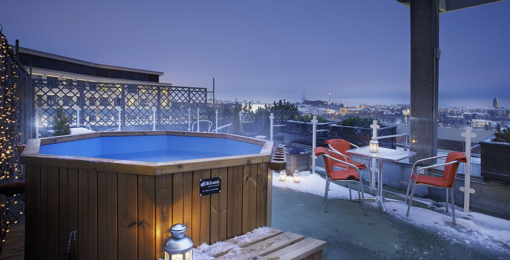 Why not book a dip in the hot tub? On the roof!