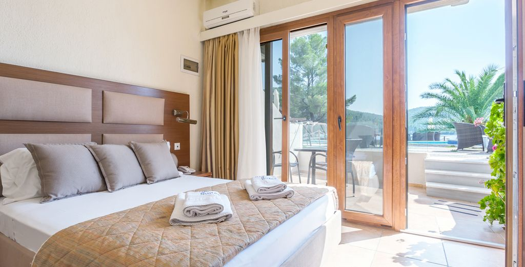 Stay in a fresh Sea View Room