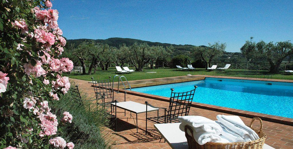 Unwind on this rural Italian retreat