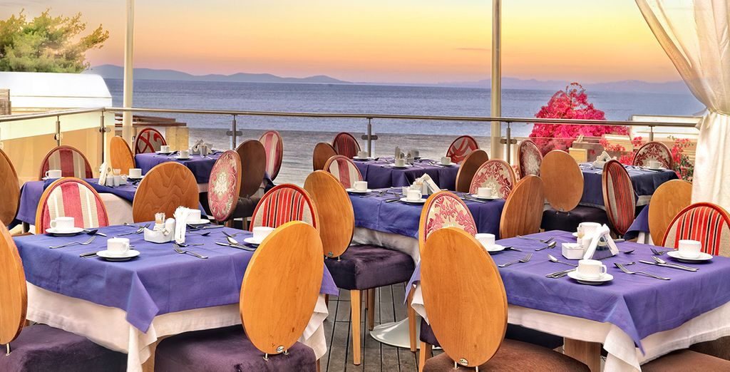 Dine in dazzling surroundings on Half Board basis