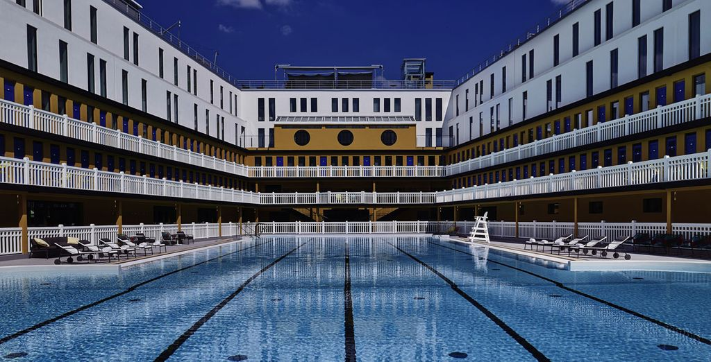 An amazing outdoor pool - a rarity in the city centre