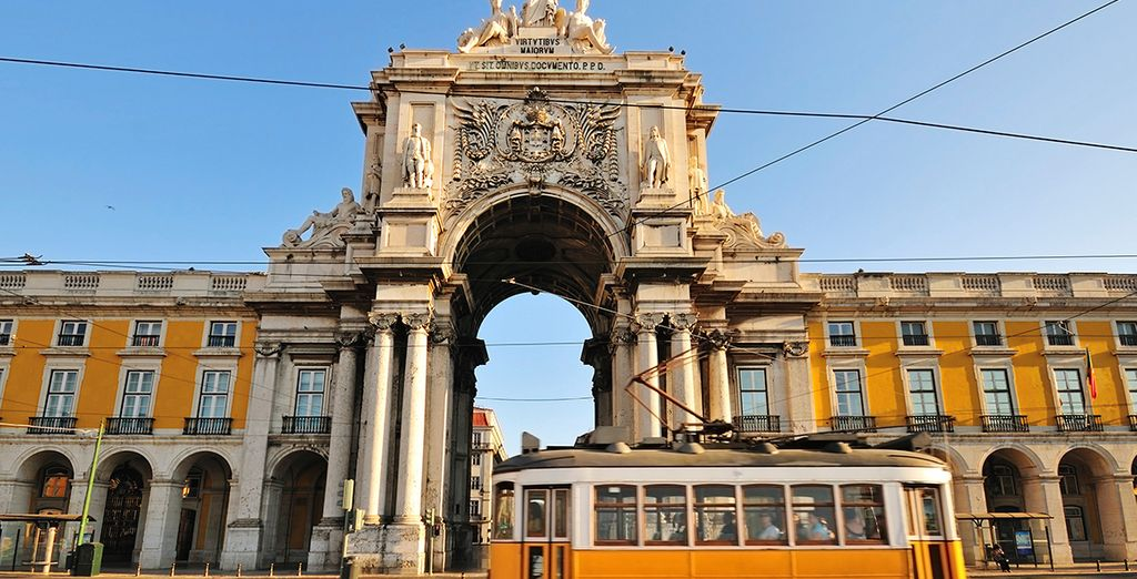 Admire the art, culture and gastronomy of the Portuguese capital