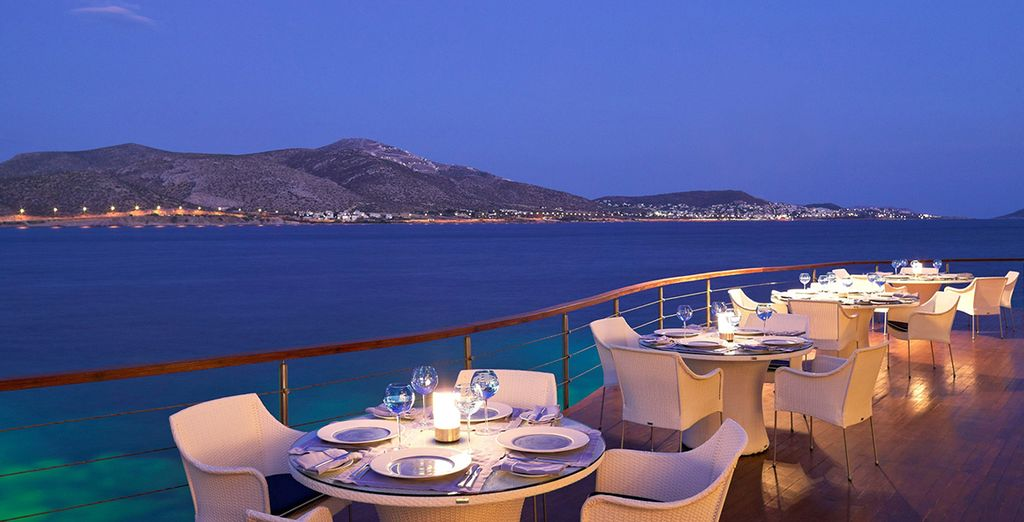 Come evening, savour a romantic, candlelit meal by the sea