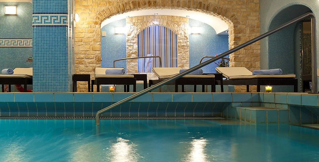 Our offer includes a 10% discount on spa treatments, with free access to the spa
