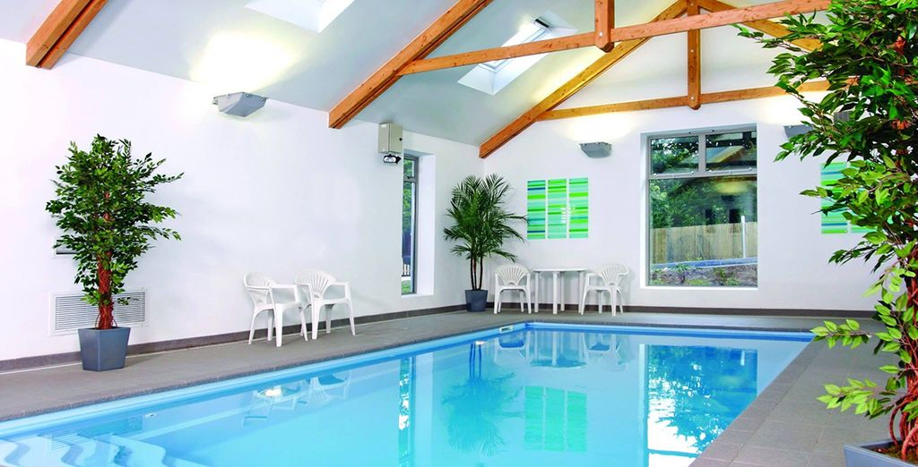 Plus a spa pool, tennis and squash courts and a fitness suite