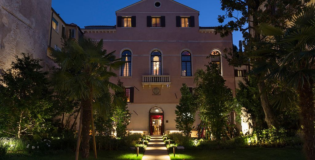 Stay in the luxurious Palazzo Venart