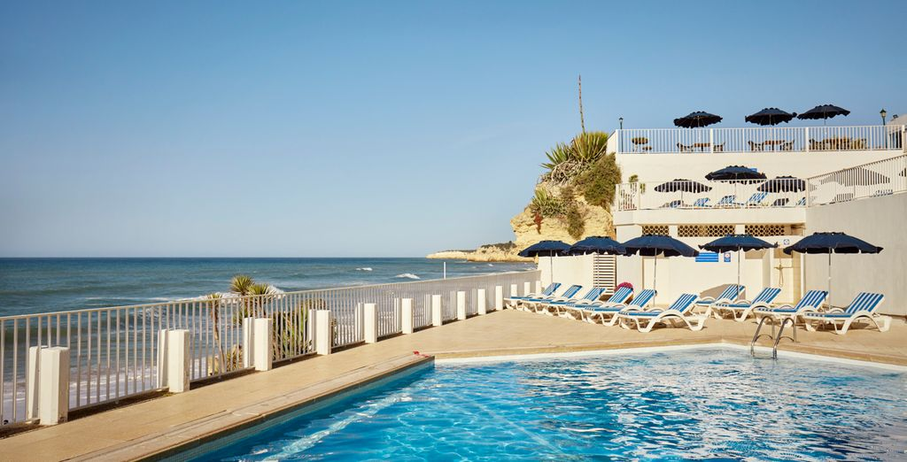 Holiday Inn Algarve 4*