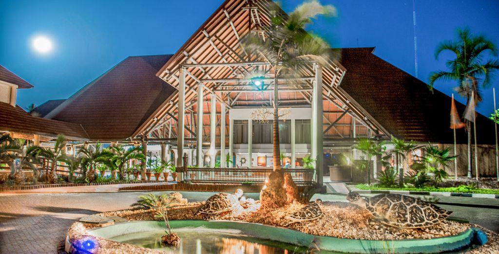 Amani Tiwi Beach Resort 4* & Safari
