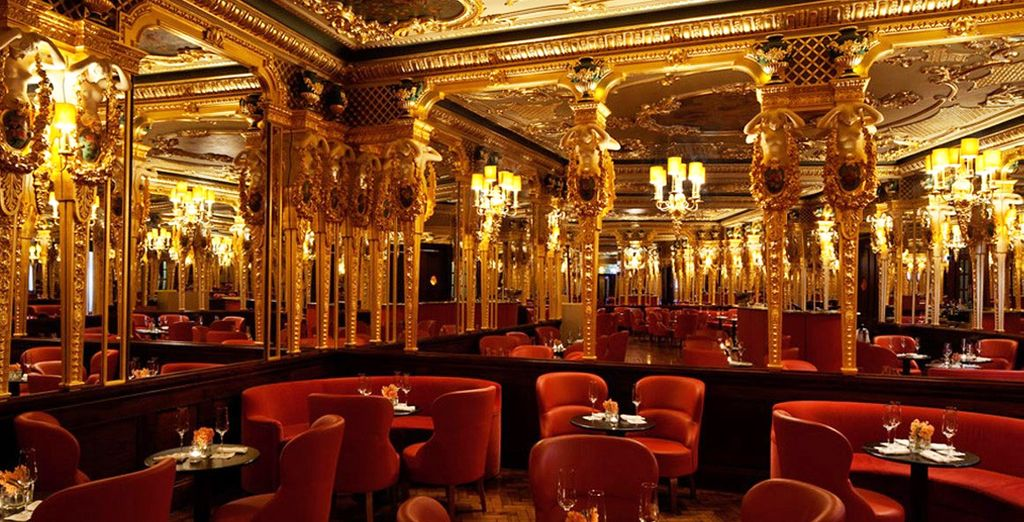 Decadent decor will enchant you at the Café Royal - Café Royal 5* London