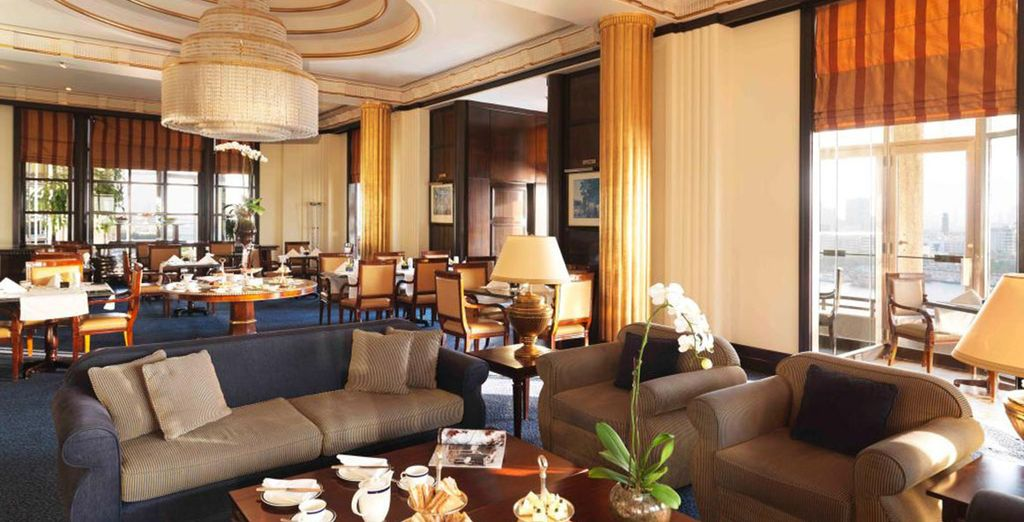 An award winning hotel with 16 dining options