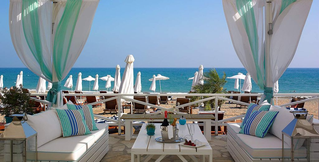 Situated on the Cypriot beachfront, it offers stunning sea views