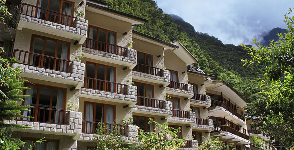 Stay in Sumaq Machu Picchu Hotel for you Tour