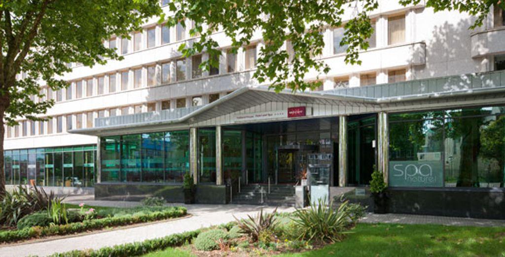 - Mercure Bristol Holland House Hotel & Spa**** - Bristol - England Bristol
