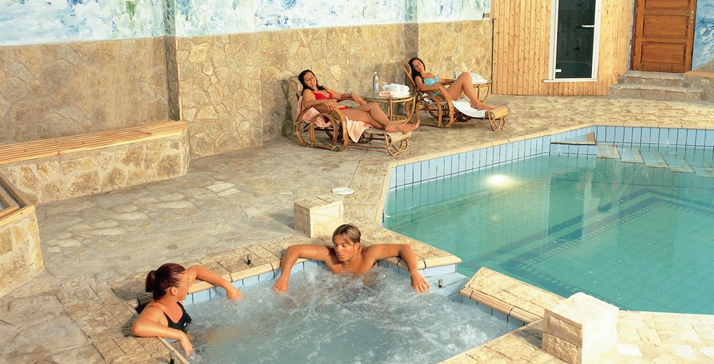 Or chill out in the Health Club, complete with gym, massage rooms, Jacuzzi & sauna