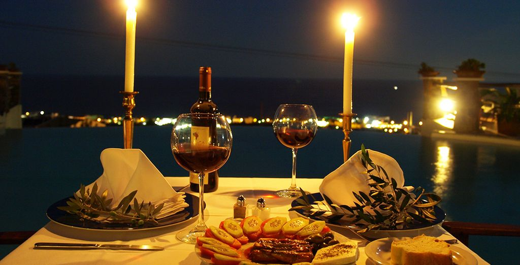 Indulge in delicious Greek cuisine by candelight