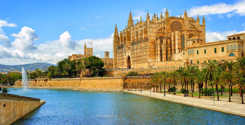 Explore the beautiful island of Palma de Mallorca