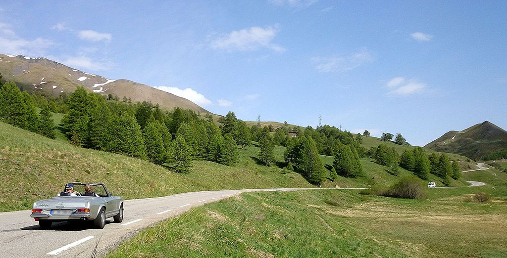Discover the French Alps, why not take advantage of car hire?