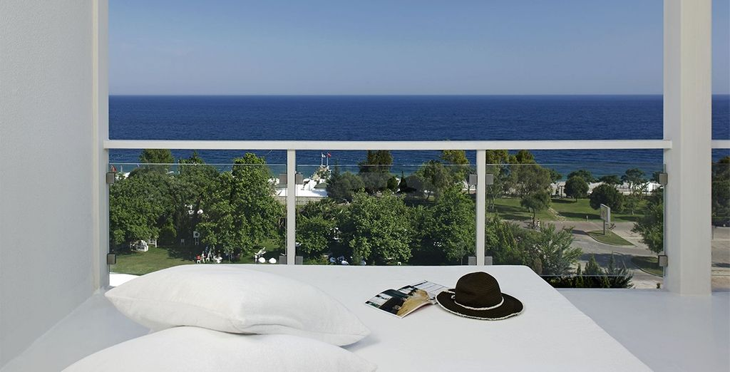 Or Deluxe Room with Sea View