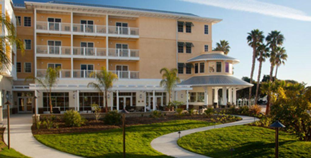 - Jamaica Bay Inn***+ - Marina del Rey, California - United States Marina del Rey