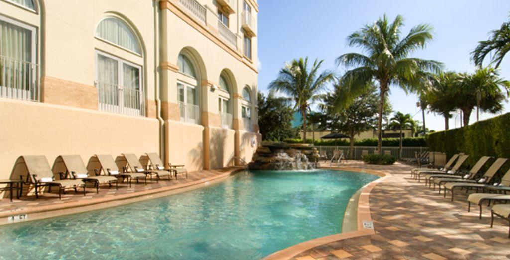 - Hilton Naples**** - Naples, Florida - United States of America Naples, Florida