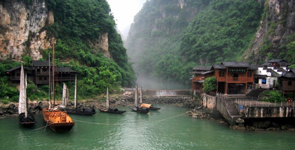 - Luxury China Experience + Yangtze River Cruise***** - Various - China Pekin