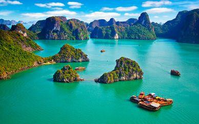 Tour privado: Vietnam fascinante y playa Lang Co