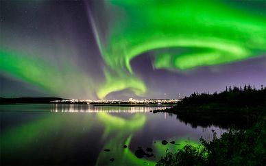 Escapada de invierno a Reikiavik con auroras boreales