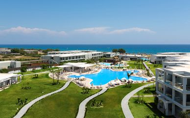 Hôtel Asterias Beach Resort 5*