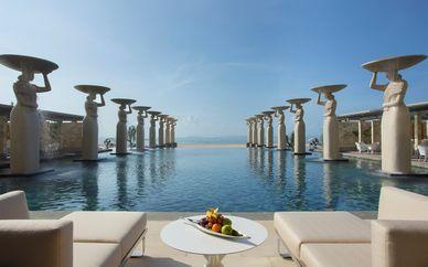 The Ubud Village Resort & Spa 4* + Mulia Resort Nusa Dua 5*