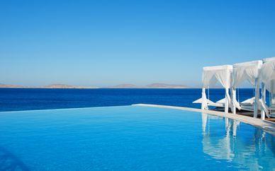 Hotel Saint John Villas & Spa 5*