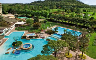 Radisson Blu Spa & Golf Resort Majestic 4*