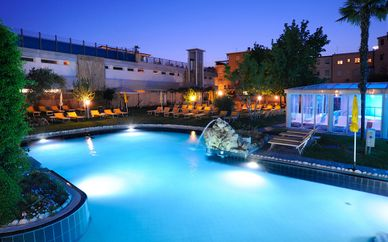 Panoramic Hotel Plaza 4*
